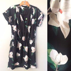 Banana Republic Floral Print Dress Size Small